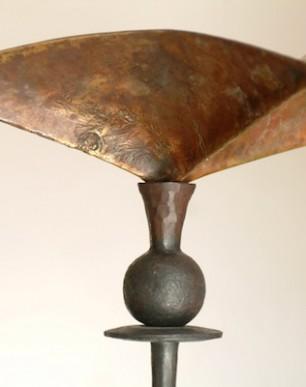 ilumoiinación, lámpara de pie en bronce y hierro forjado
